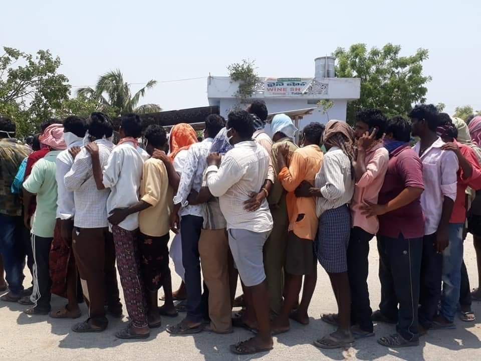 Drinkers in India
